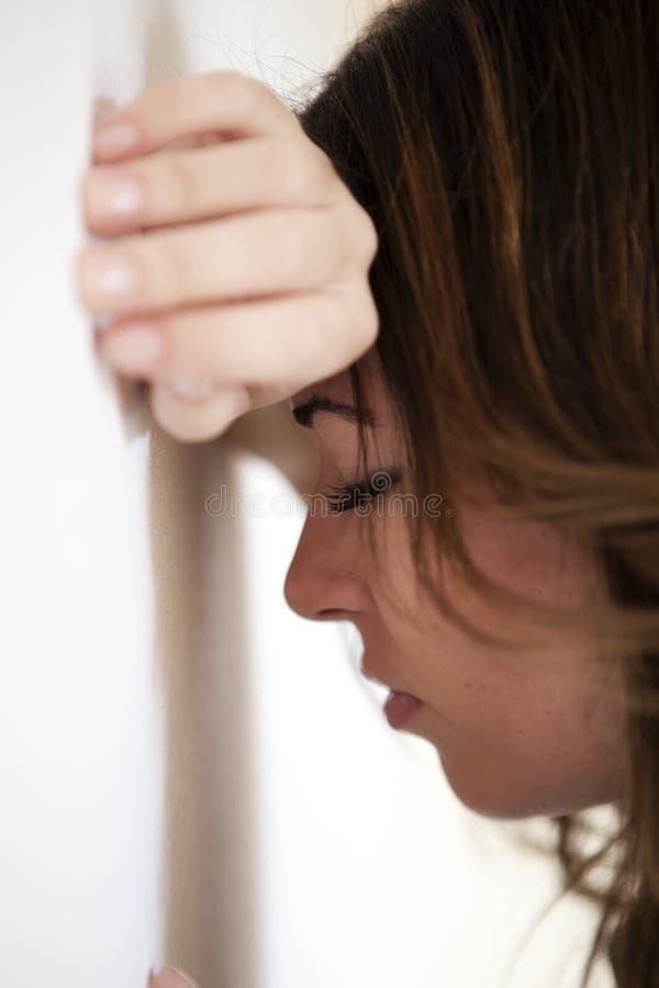 Close up na mulher triste imagens de stock royalty free