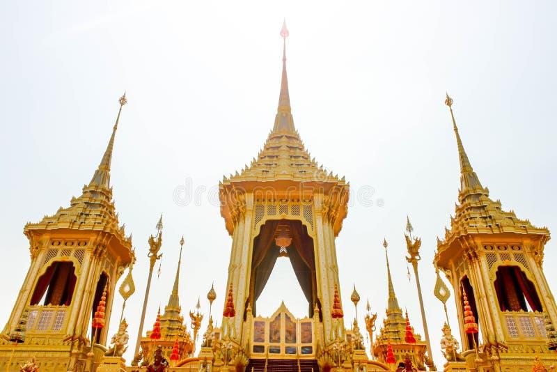 Close up o crematório real para o rei atrasado Bhumibol Adulyadej no 4 de novembro de 2017 imagens de stock