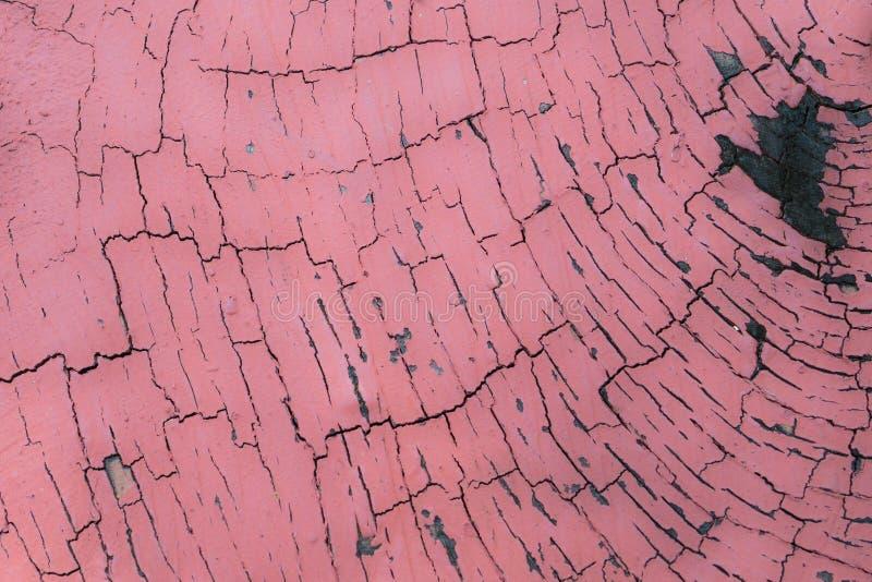 Close-up: oranje detail van gebarsten verf op oude muur, proceskleur royalty-vrije stock foto's