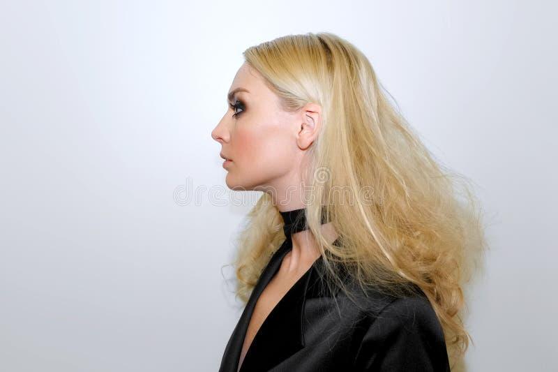 behind the scenes blonde