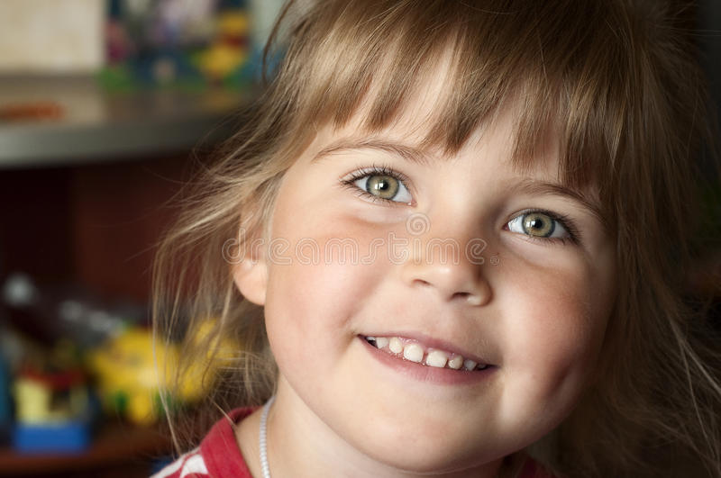 Download Close Up Portret Of Little Smiling Girl Royalty Free Stock Image - Image: 21218306