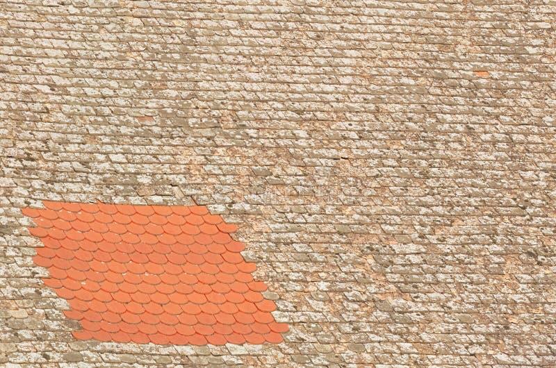 Close up reparado do telhado imagens de stock royalty free
