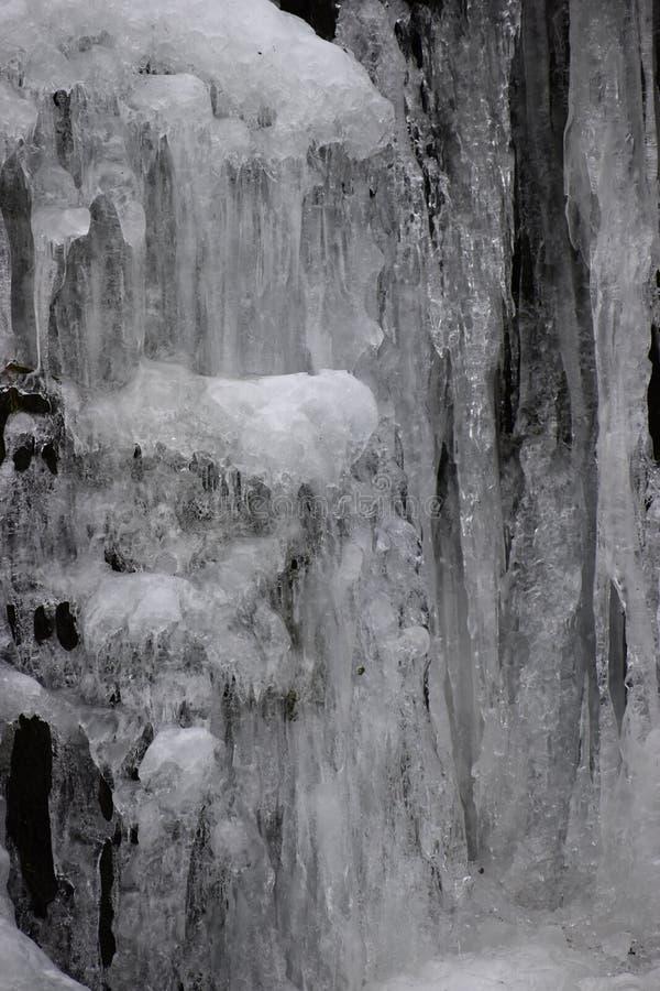 Close-up van bevroren waterval in Kassel, Duitsland stock afbeelding