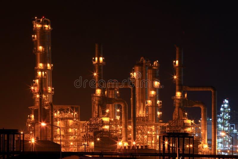Close-up van de petrochemische fabriek van de olieraffinaderij royalty-vrije stock afbeeldingen