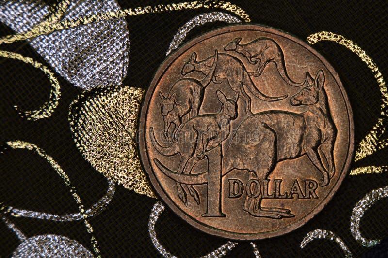 Close-up van een Australisch 1 dollarmuntstuk royalty-vrije stock afbeelding