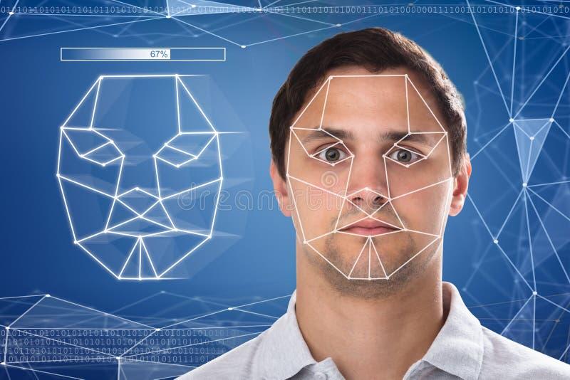 Close-up van een man gezichtserkenning royalty-vrije stock afbeeldingen