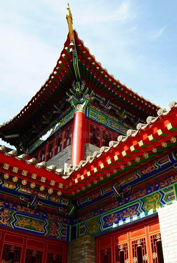 Close-up van een typisch traditioneel Chinees gebouw royalty-vrije stock afbeelding