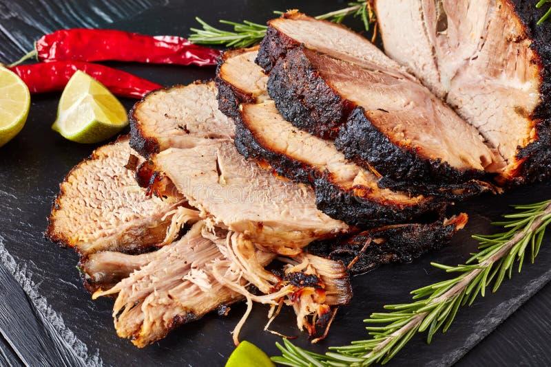 Close-up van Geroosterde varkensvleesham, hoogste mening royalty-vrije stock foto