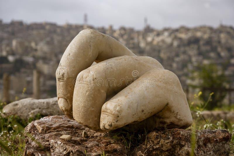 Close-up van Hand van Hercules in Amman, Jordani? royalty-vrije stock afbeelding