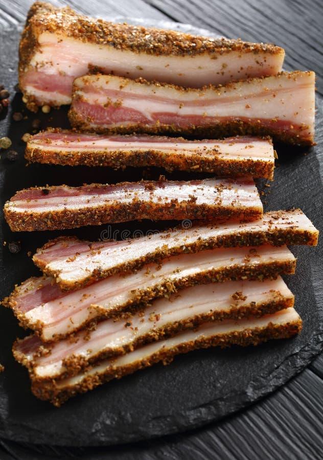 Close-up van heerlijke kruidige gerookte vlek stock afbeelding