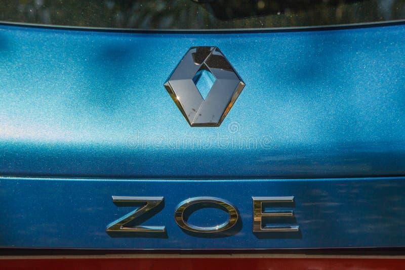 Close-up van het de autoembleem van Renault Zoe het elektrische hybride royalty-vrije stock foto