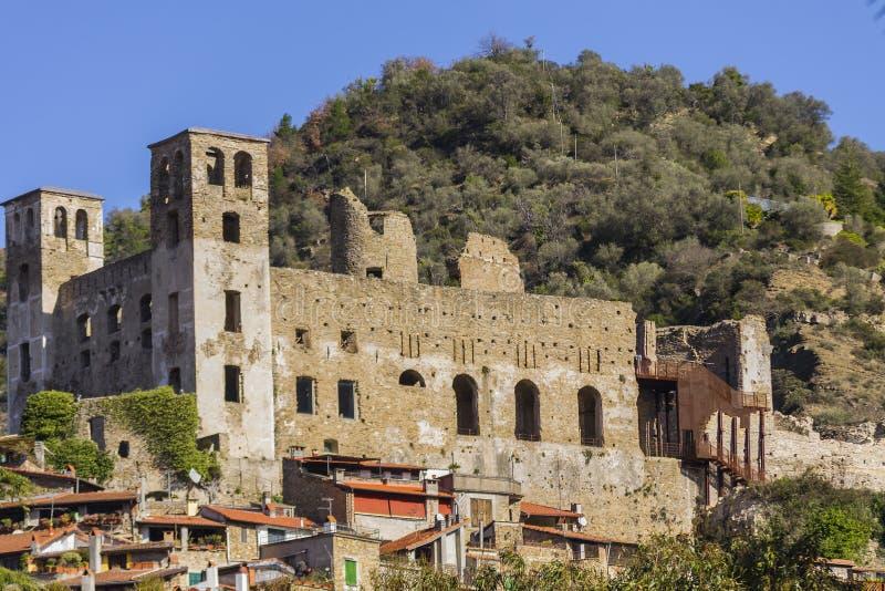 Close-up van het Kasteel van Dolceacqua Imperia, Ligurië, Italië royalty-vrije stock foto's