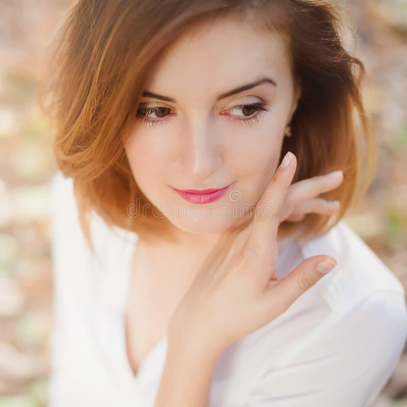 Close-up van het Portet de leuke jonge meisje royalty-vrije stock afbeelding