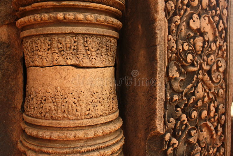 Close-up van historische gravure in het monument van Kambodja royalty-vrije stock fotografie