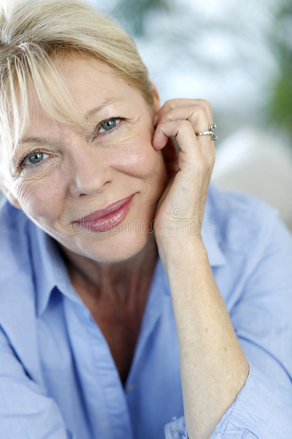 Close-up van hogere vrouw royalty-vrije stock foto