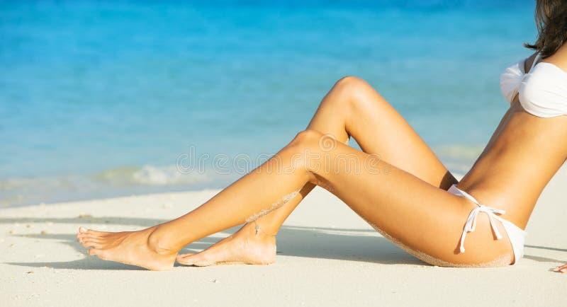 Close-up van jonge vrouw in zwempak royalty-vrije stock foto