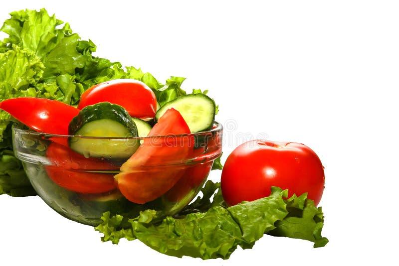 Close-up van kleurrijke organische groenten op witte achtergrond stock afbeeldingen