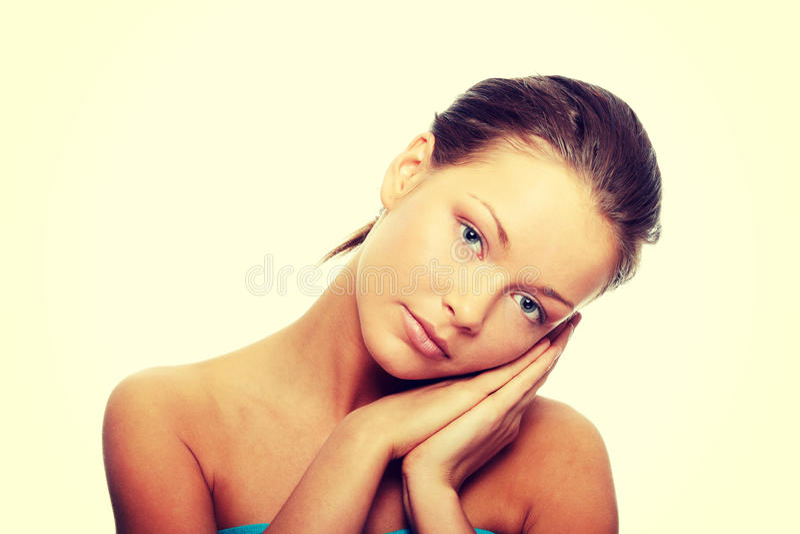 Close-up van mooi vrouwengezicht stock afbeeldingen