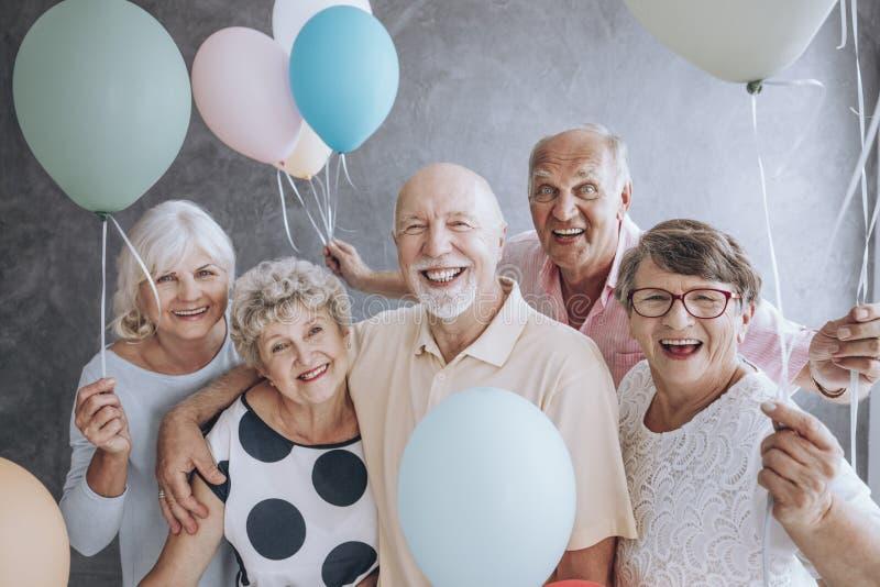 Close-up van opgewekte gepensioneerden royalty-vrije stock foto's