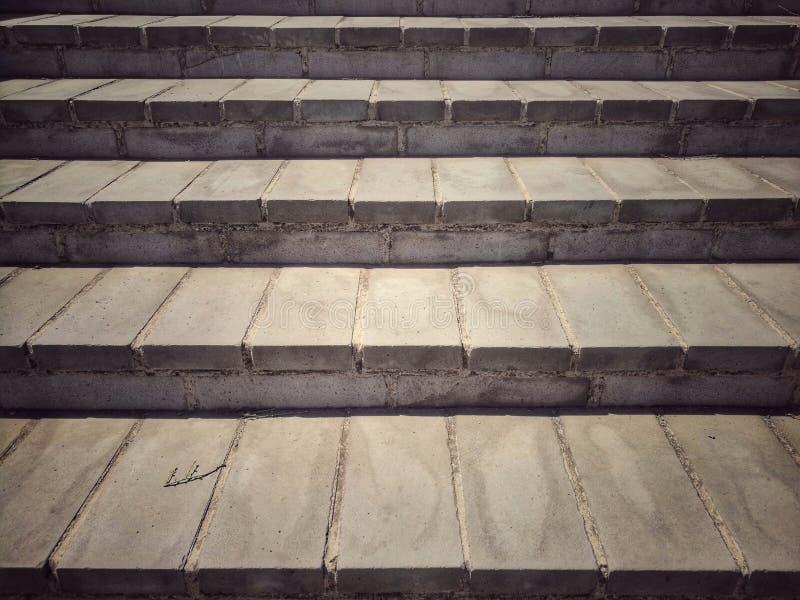 Close-up van oude concrete tredeoppervlakte - vooraanzicht stock foto