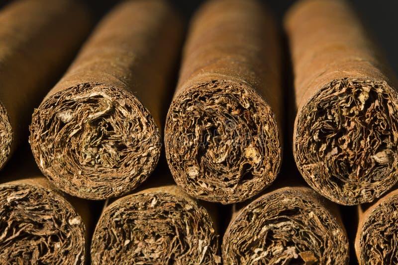 Download Close-up van Sigaren stock foto. Afbeelding bestaande uit stapel - 29508314