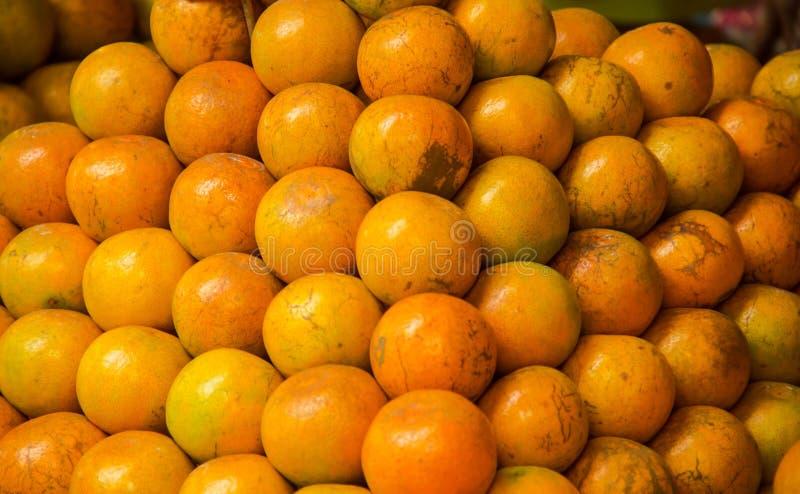 Close-up van sinaasappelen stock foto's