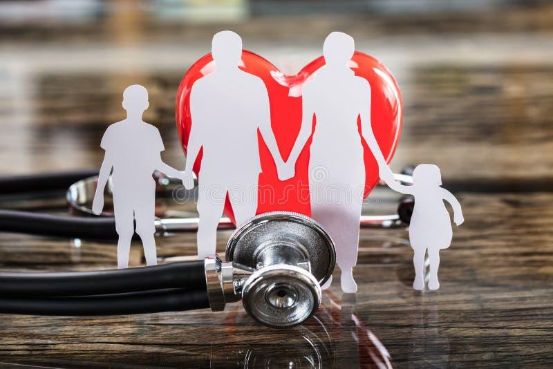 Close-up van Verwijderde Familie en Rood Hart stock fotografie
