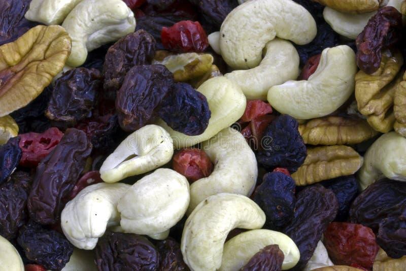 Close-up van vruchten en noten stock foto's