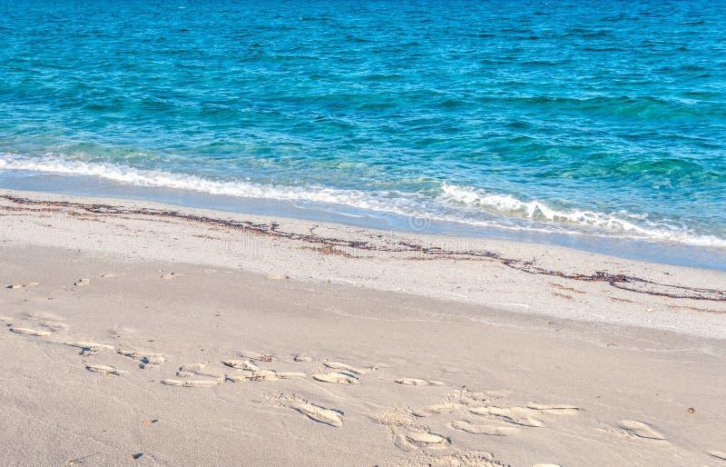 Close-up van water op het strand royalty-vrije stock afbeelding