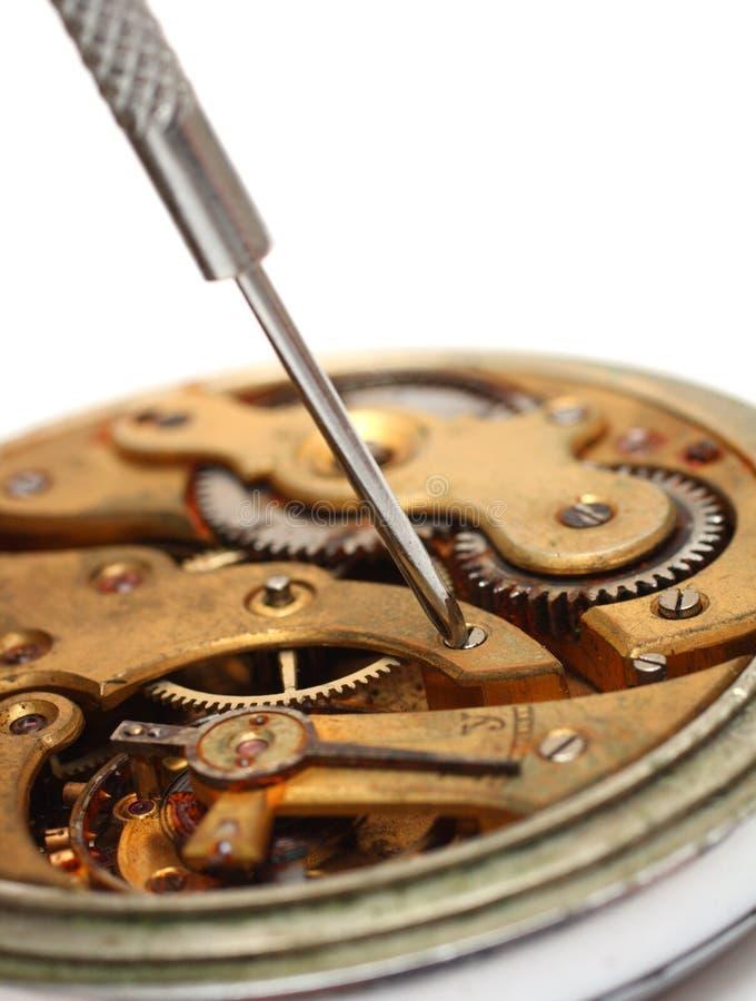Close-up velho do reparo do relógio imagem de stock royalty free