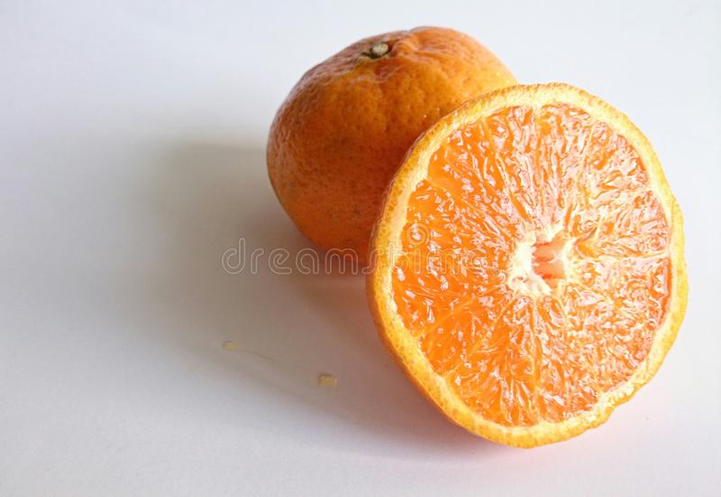 Close-upbeeld van oranje fruit stock afbeelding