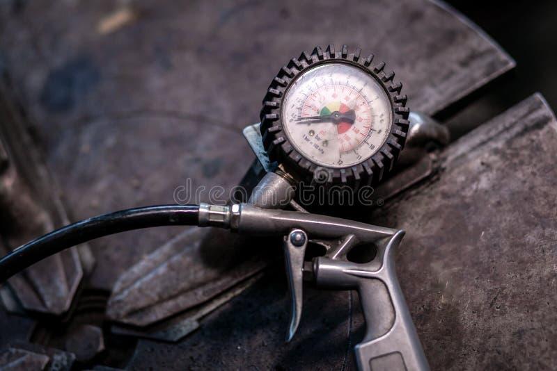 Close-upsensor voor het meten van banddruk stock foto