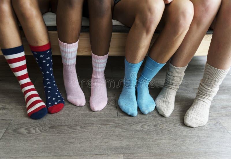 Closeup av ben med sockor royaltyfri bild