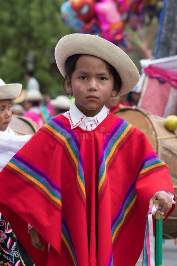 Closeup av en ung infödd pojke arkivfoton