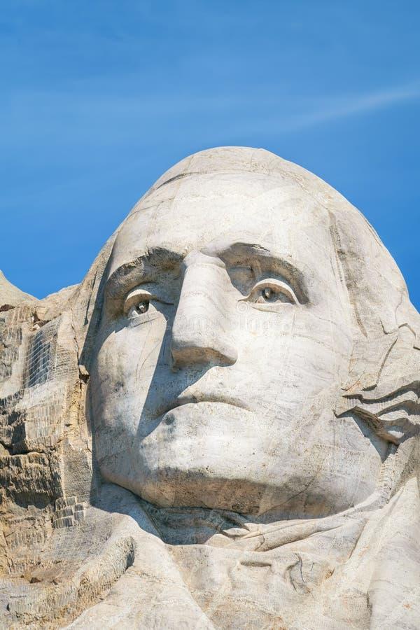 Closeup av George Washington, första president av Förenta staterna Presidents- skulptur på Mount Rushmore den nationella monument royaltyfria foton
