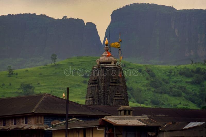 Closeup av shikhaen som jyotirling Trimbakeshwar Shiva Temple royaltyfri fotografi