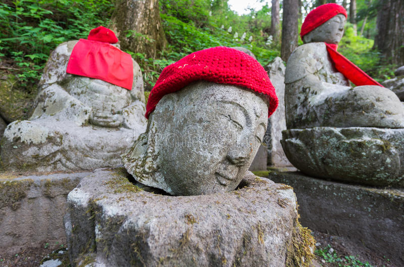 Closeup av statyhuvudet i Nikko arkivbilder