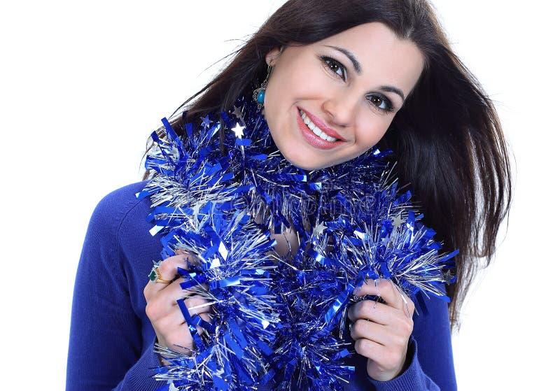closeup jolie fille avec la tresse de Noël D'isolement sur le blanc photos stock