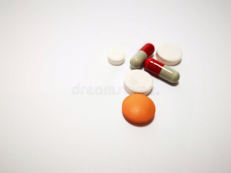 Closeup med minnestavlamedicin från apotek royaltyfria bilder