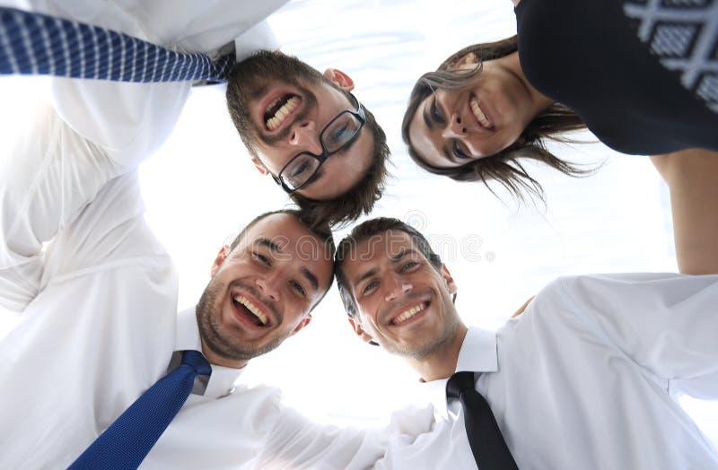 closeup Vista inferior Executivos bem sucedidos imagem de stock royalty free