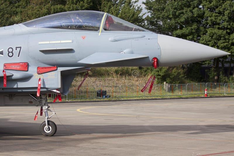 Closeupfoto för jaktflygplan F16 arkivfoto