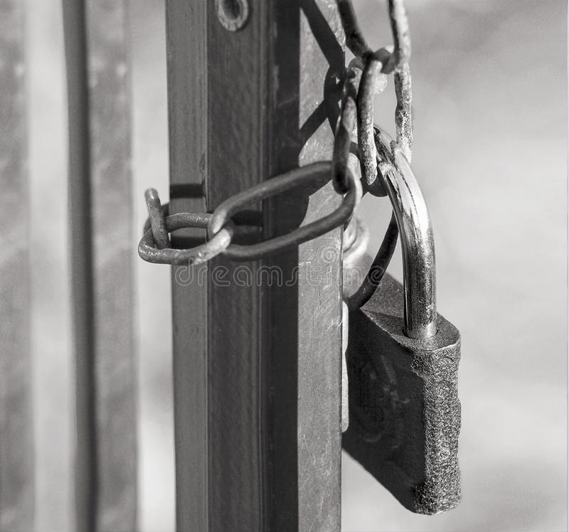 Closeupportar med låset royaltyfri foto