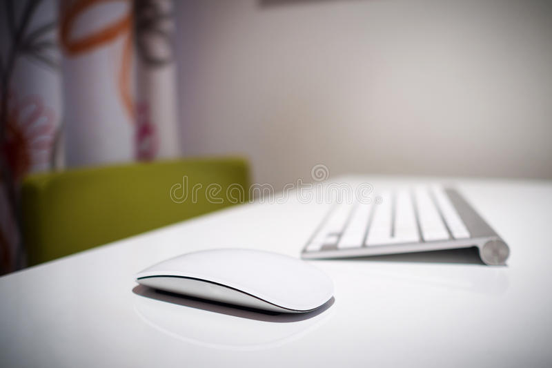 Closeupsikt av perifer utrustning av datoren arkivbild