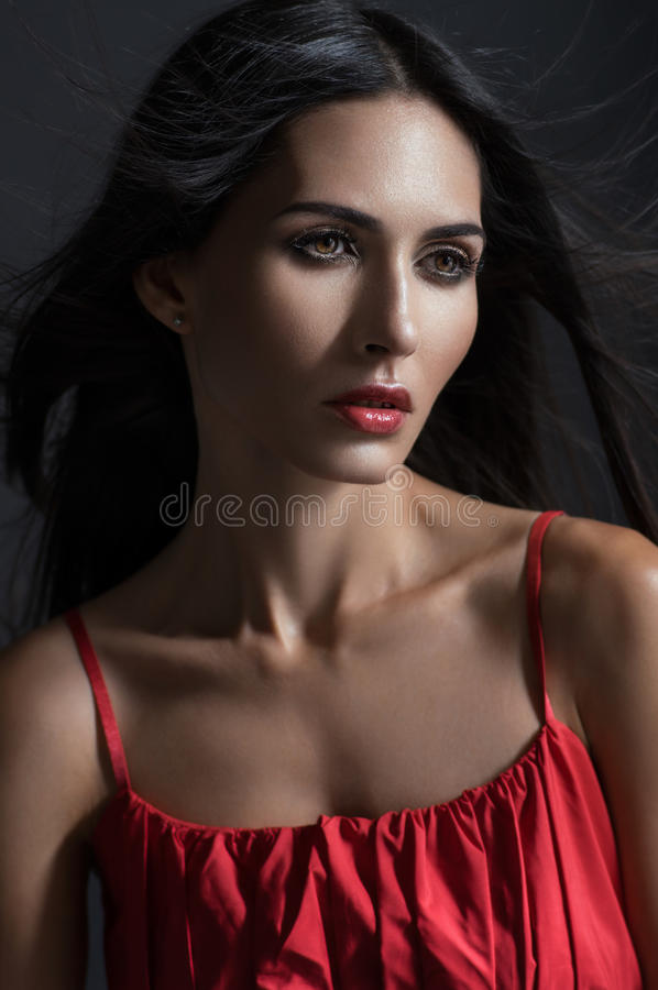 Closeupstående av kvinnan fotografering för bildbyråer