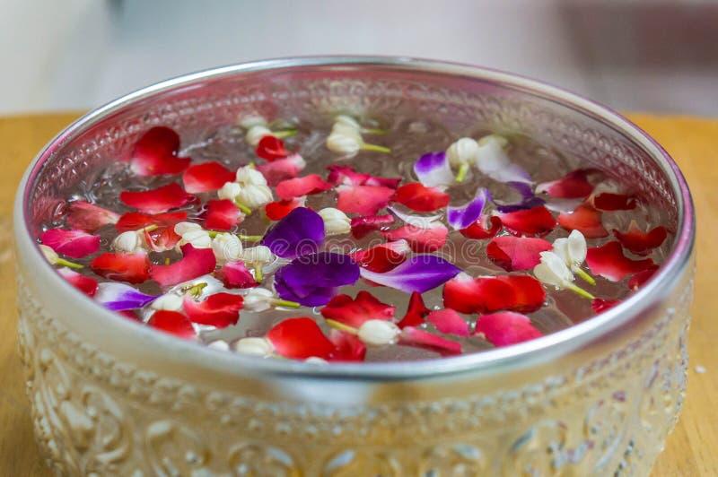 Closup花,用于芳香疗法温泉的瓣 免版税库存照片