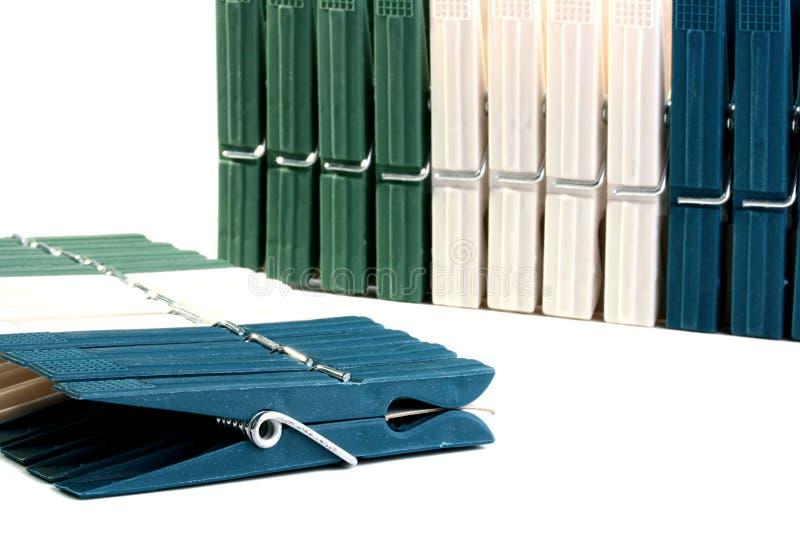 clothespins пластичные стоковые изображения rf