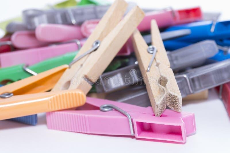 Download Clothespins fotografia stock. Immagine di molla, rondella - 56889110