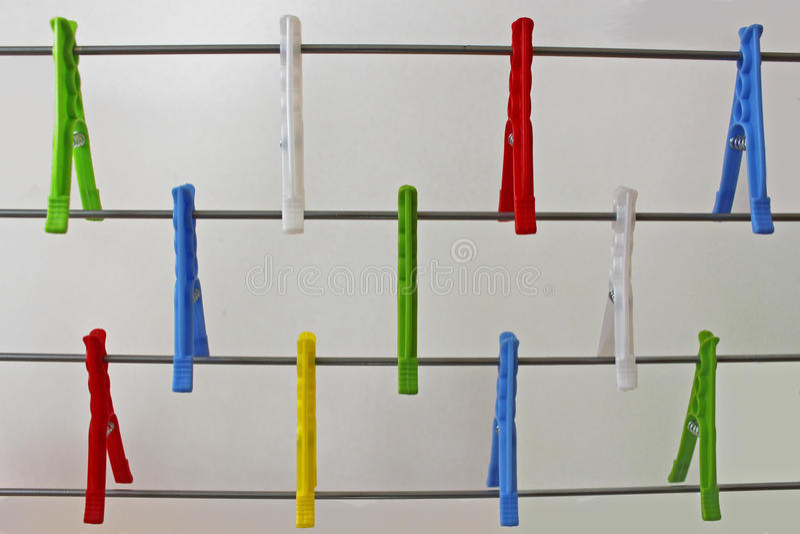 Clothespins variopinti fotografie stock