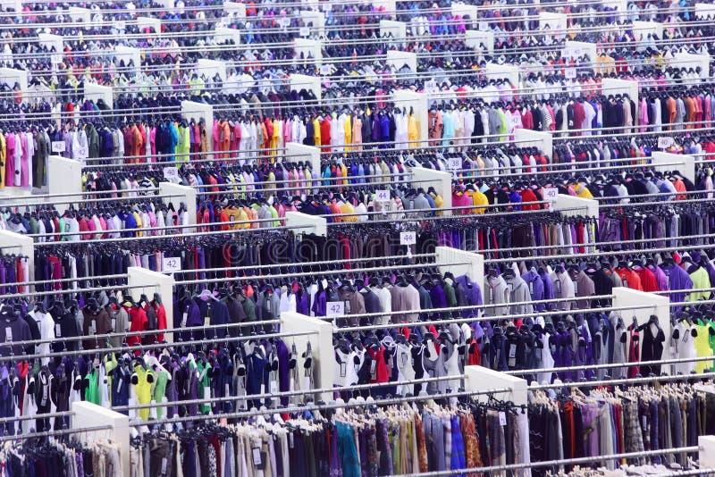 clothing stort lager royaltyfri fotografi