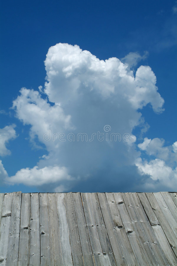 Free Cloud And Roof Stock Image - 3073561